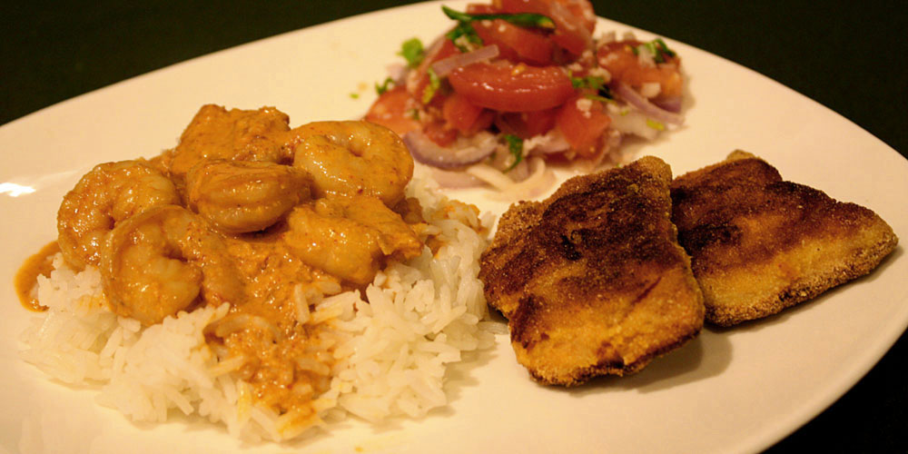 Shrimp Curry with Fried Salmon